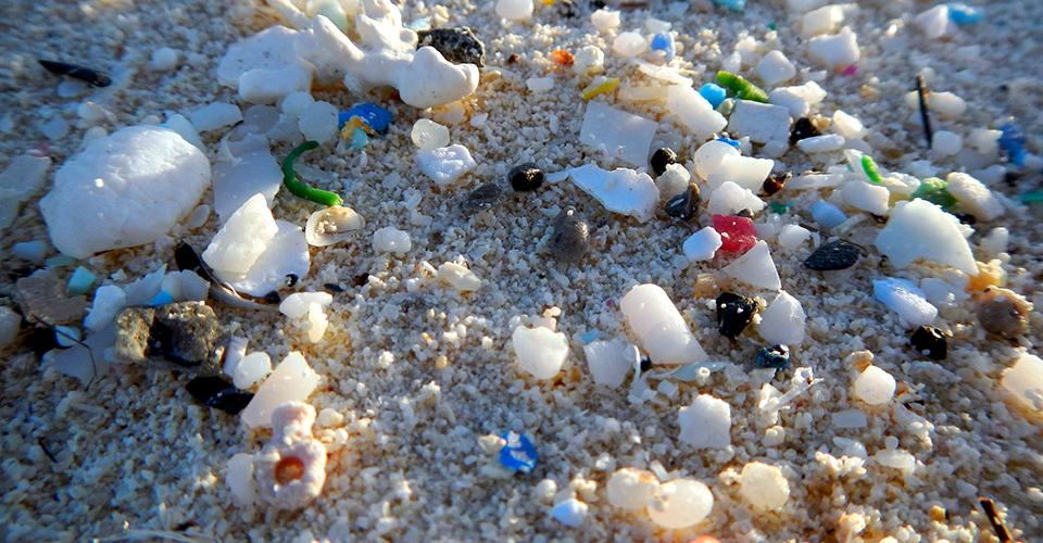 Mediterraneo: la zuppa di plastica