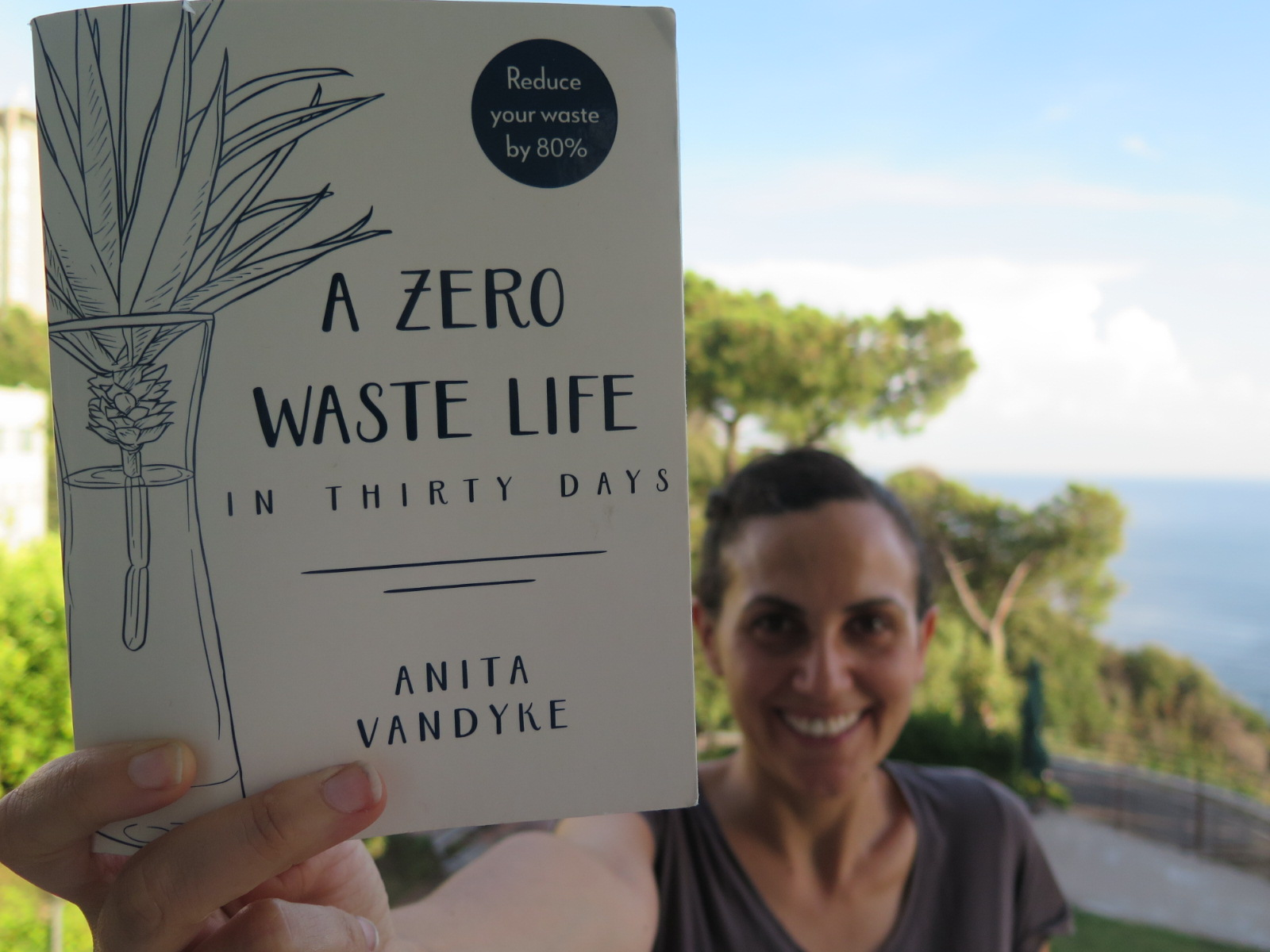 A zero waste life in thirty days